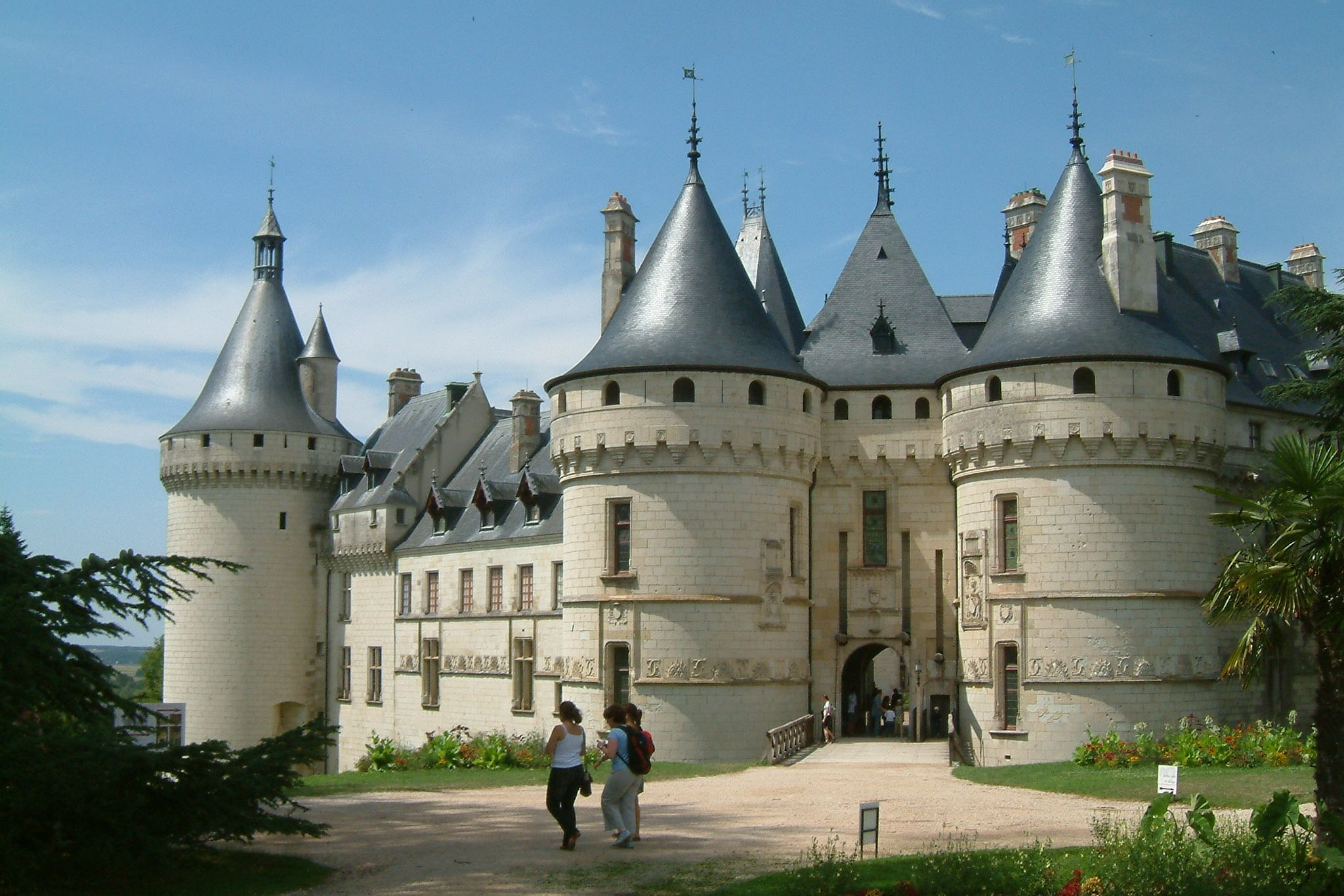 les chateaux de la loire au fil de loire. Black Bedroom Furniture Sets. Home Design Ideas